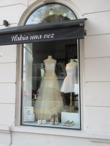 BA Wedding Dress